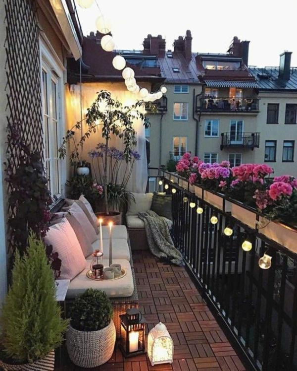herbstbepflanzung balkon gemütliche atmosphäre schaffen