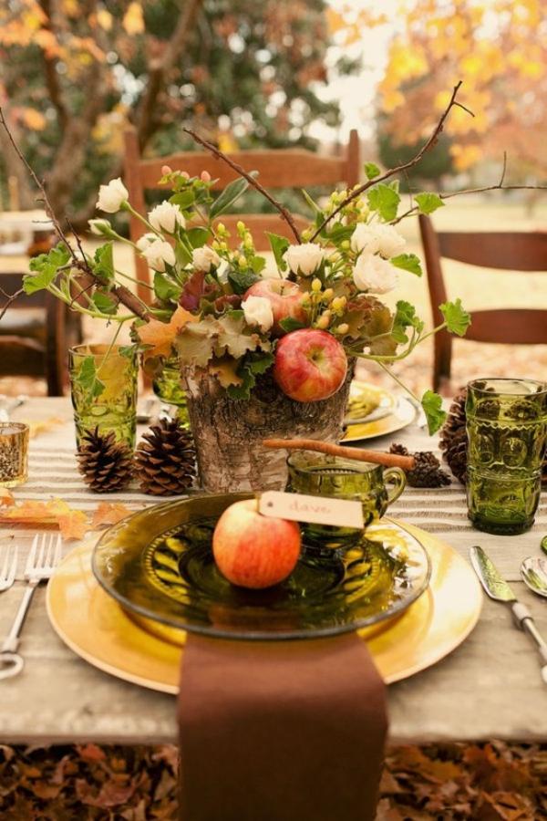 herbstdeko tisch frische tischdeko gartentisch dekorieren