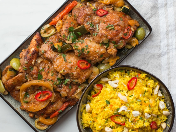 kohlenhydratarmes Hähnchengericht mit Reis Keto Gerichte
