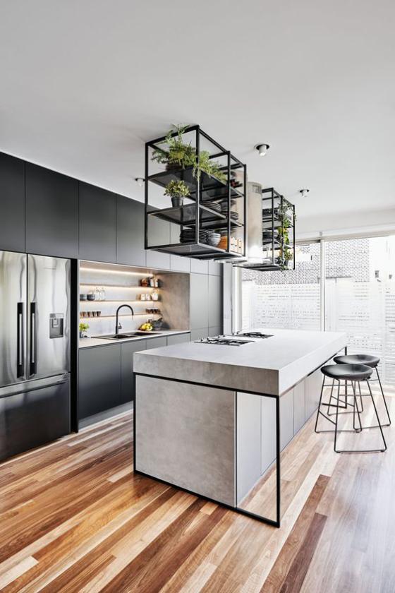 moderne Küche hängende Regale über der Kücheninsel den letzten Schliff dem schicken Design verleihen