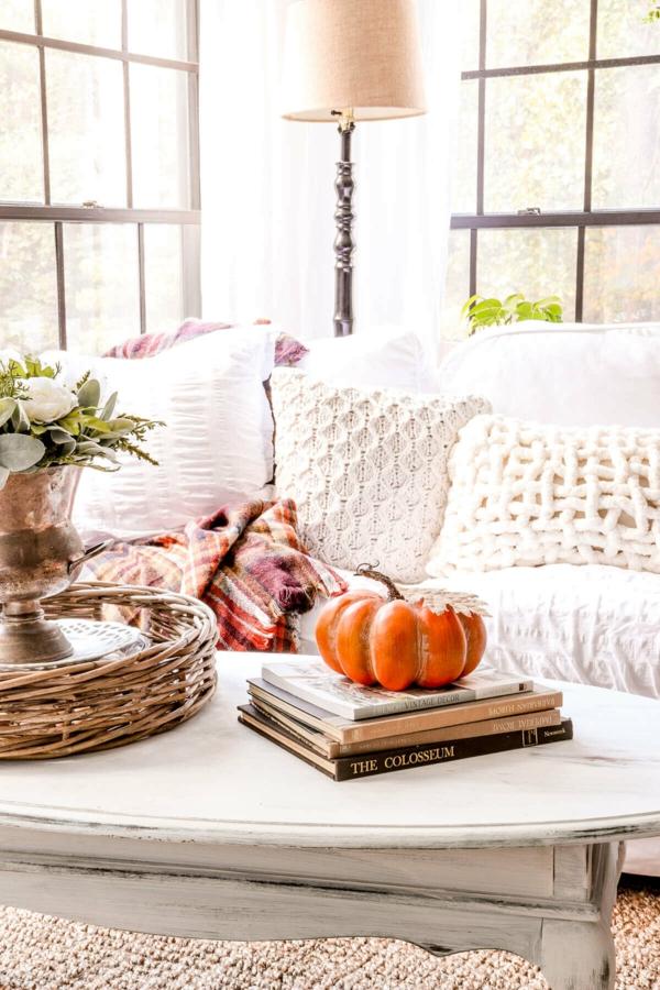 natürliche Deko-Ideen Herbst Eule basteln Wohnzimmer Ideen