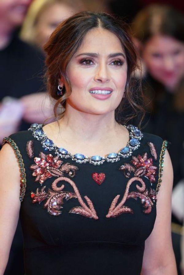 salma hayek wunderbare neue Frisuren