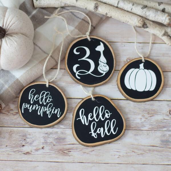 Basteln mit Holzscheiben zum Halloween – kinderleichte DIY Ideen und Anleitung kreidetafel schwarztafel farbe ideen
