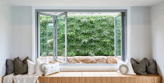 Faltfenster moderne Fensterkonstruktion aus Ornament-oder Strukturglas interessante Lichteffekte