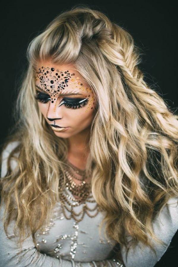 Halloween Frisuren Ideen und Tipps für ein gelungenes Grusel-Outfit löwe kostüm idee