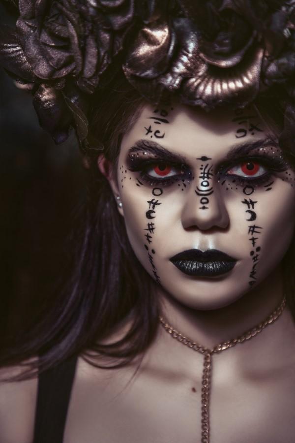 Halloween Makeup Ideen und Tipps für Ihr diesjähriges Kostüm hexe ideen magie
