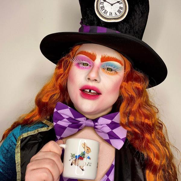 Halloween Makeup Ideen und Tipps für Ihr diesjähriges Kostüm mad hatter alice in wunderland