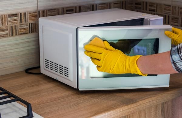 Haushaltsgeräte sauber halten Tipps regelmäßige Reinigung