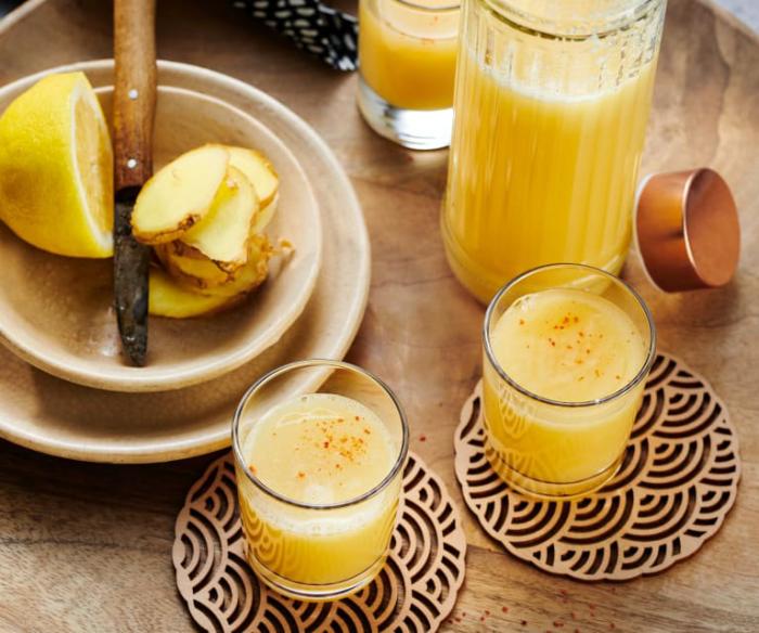 Ingwer Shot selber machen gesunde Knolle plus Zitronensaft eine Power-Kombination für gute Gesundheit