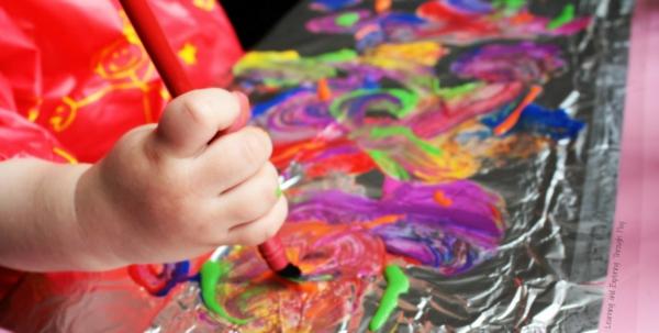 Mit Kindern basteln Malen mit Kleinkinder Ideen