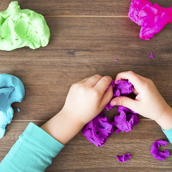 Salzteig zubereitenBastelideen für Kleinkinder im Alter von 2-3 Jahren
