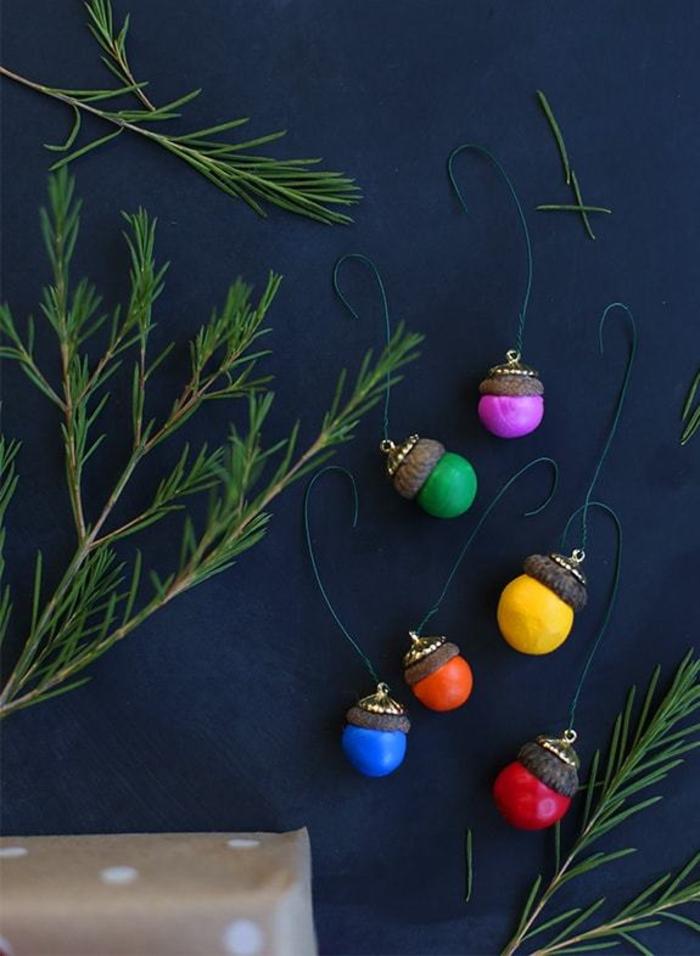 basteln mit eicheln herbstdeko selber machen diy deko ideen weihnachtsschmuck selber machen