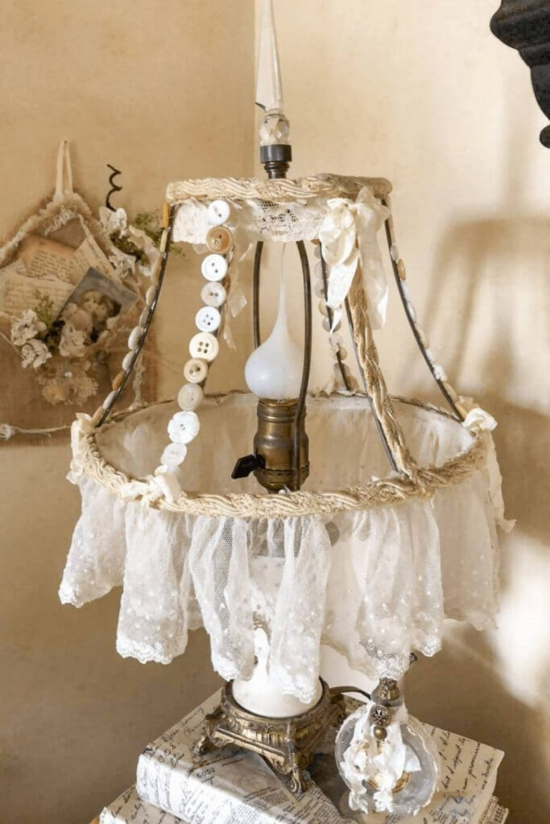 vintage boho stil lampenschirm basteln knöpfe spitze