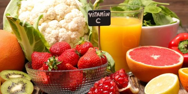 όπου είναι η βιταμίνη C στα οποία περιέχουν τα τρόφιμα